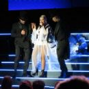 Christina Aguilera – Performs at the Greek Theater in Los Angeles - 454 x 341