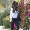 Kate Beckinsale out in Beverly Hills - 454 x 648