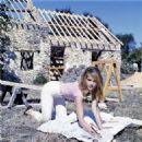Jane Fonda - 454 x 459
