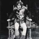 Camelot 1982 Broadway Revivel Starring Richard Harris - 443 x 550
