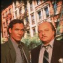NYPD Blue - 300 x 446
