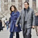Dean Winters and Mariska Hargitay
