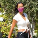 Lais Ribeiro – Shopping at a Free People in Malibu