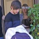 Louis Tomlinson and Briana Jungwirth - 400 x 567