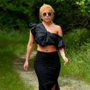 Lady Gaga in Long Skirt on a Hike in Montauk - 454 x 677