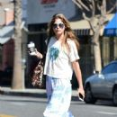 Selma Blair on coffee run in Los Angeles - 454 x 665
