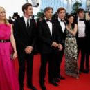 Kristen Stewart Poses in a Sexy Printed Gown at Her Big Cannes Premiere