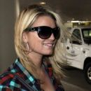 Jessica Simpson - Arriving Back Into LAX Airport, 2009-10-27