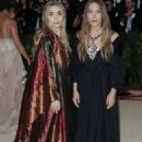 Mary-Kate and Ashley Olsen – 2018 MET Costume Institute Gala in NYC - 454 x 700