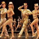 A CHORUS LINE Original 1975 Broadway Cast. Directed By Michael Bennett - 454 x 303