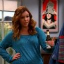 Amber Tamblyn - Two and a Half Men - 454 x 257
