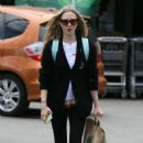 Amanda Seyfried at Whole Foods in Los Angeles - 454 x 702