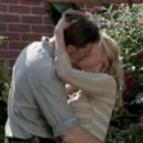 David Morrissey and Laurie Holden in The Walking Dead - 454 x 275