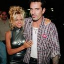 Pamela Anderson and Tommy Lee - 454 x 462