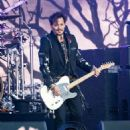 Johnny Depp is seen performing with his band Hollywood Vampires at 'Jimmy Kimmel Live' in Los Angeles, California on June 13, 2019 - 454 x 587