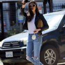 Jessica Gomes – Arriving at a friend's Memorial Day barbecue in LA - 454 x 589