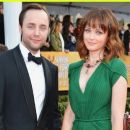 Alexis Bledel and Vincent Kartheiser - 454 x 259