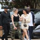 Kylie Jenner – Heads to lunch in Malibu - 454 x 538