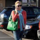 Tea Leoni - Out And About In Malibu, 2008-06-05