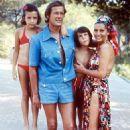 Luisa Mattioli and Roger Moore - 454 x 681