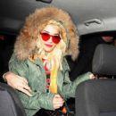 Rita Ora and Sean Combs are spotted leaving Nobu Berkeley restaurant in Mayfair, London. November 18, 2012 - 423 x 594