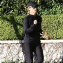Reese Witherspoon early morning jog candids