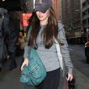 "Megan Fox's ""24 Hour Plays"" Project Arrival"