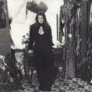 Priscilla Presley - 454 x 348