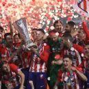 El Atlético celebra el triunfo en la final de la Europa League en Lyon frente al Olympique de Marsella