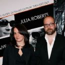 Elizabeth Cohen and Paul Giamatti - 360 x 240