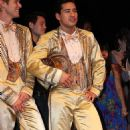 A CHORUS LINE Broadway Revivel Starring Mario Lopez - 454 x 787