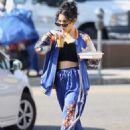 Vanessa Hudgens – Grabbing iced coffee in Los Feliz - 454 x 652