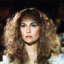 Faye Dunaway in The Wicked Lady - 311 x 324