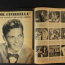 Frank Sinatra - Screen Guide Magazine Pictorial [United States] (January 1944) - 454 x 340