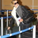 Kate Beckinsale - at Vancouver Int'l Airport - 26/01/11