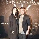 Merve Bolugur & Murat Dalkılıç:  Mercedes-Benz Fashion Week Istanbul A/W 2016 - Raissa & Vanessa Sason Show - 454 x 681