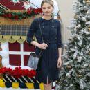 Jennifer Morrison – Brooks Brothers Annual Holiday Celebration To Benefit St. Jude in LA - 454 x 636