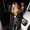 Hailey Bieber – Display her midriff at Craig's in West Hollywood