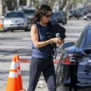 Courteney Cox in Jeans out in Beverly Hills - 454 x 681