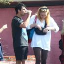 Sophie Turner – Leaves the gym with friends in Hollywood