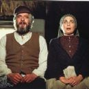 Fiddler on the Roof 1971 Motion Picture Musical Starring TOPOL - 454 x 359