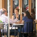 Alicia Silverstone Eating Lunch With Some People At M's Cafe On Melrose Blvd. In West Hollywood, September 26 2009