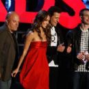 Michael Chiklis, Jessica Alba, Ioan Gruffudd and Chris Evans during The 2007 MTV Movie Awards - 454 x 307