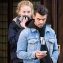 Joe Jonas and Sophie Turner - 454 x 665