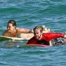 surfing - 400 x 300
