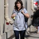 Zooey Deschanel Arriving At Jimmy Kimmel Live In Hollywood
