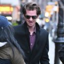 Andrew Garfield greets a fan as he leaves a downtown hotel in New York City, New York on January 10, 2017 - 408 x 600