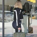 Khloe Kardashian – Hits the gym in Los Angeles