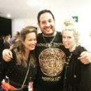 Jade Jagger and Theodora Richards with a fan before The Rolling Stones show - Mexico - March/2016 - 454 x 443