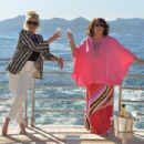 Absolutely Fabulous: The Movie (2016) - 454 x 303